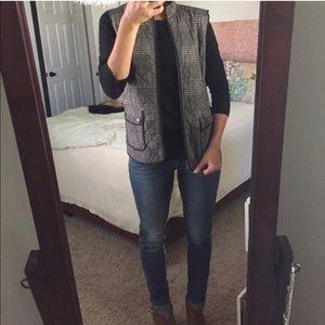 Cute gray vest!!
